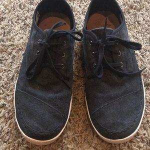 Tom's black Canvas Paseo Sneaker
